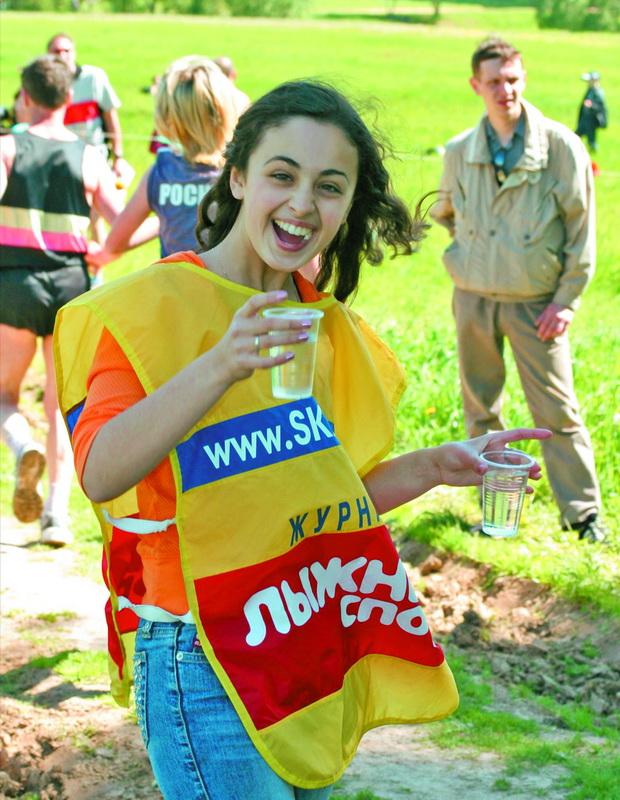 С такими поильщицами, как Анечка Днепрова, не то что Тридцаточку, но и марафон можно одолеть!