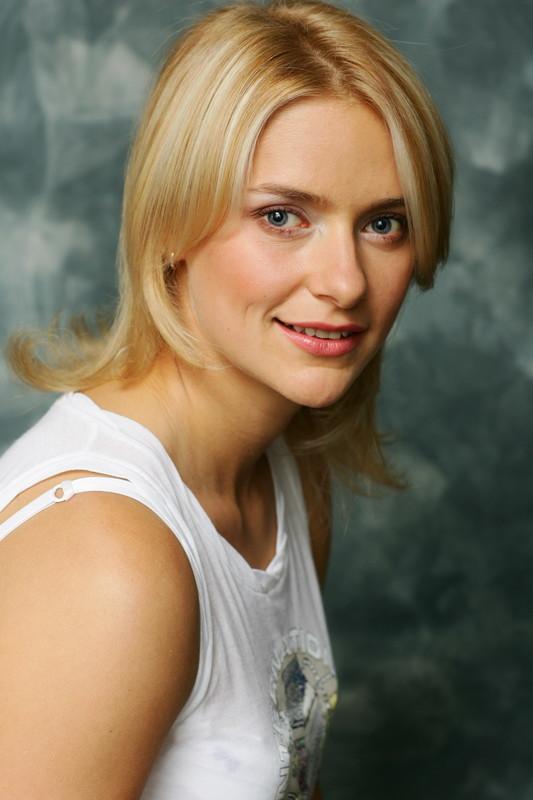 ekaterina-yureva-golaya-foto