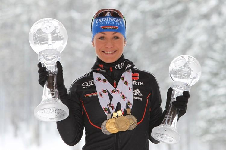 какие призовые у биатлонистов на этапах кубка мира магниты любых форм