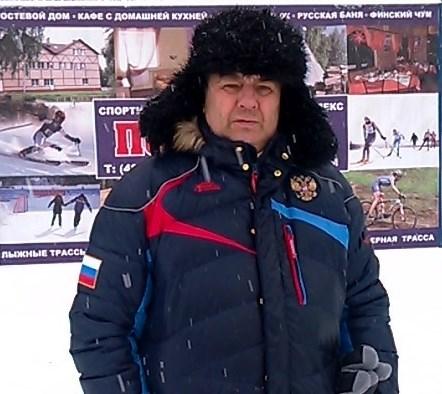 А.А.Ефимов на боевом посту - очередные соревнования в любую погоду.