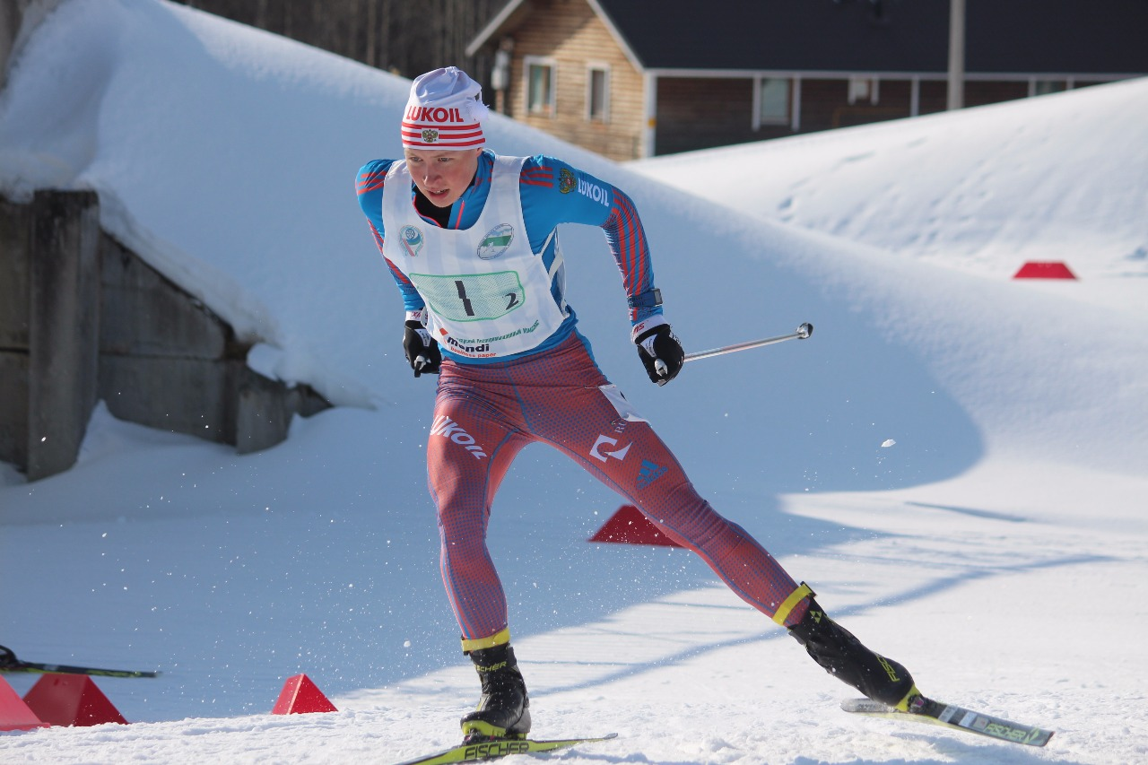 Андрей Некрасов наращивает скорость.