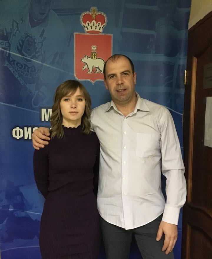 Стефания Надымова с личным тренером Денисом Тишагиным