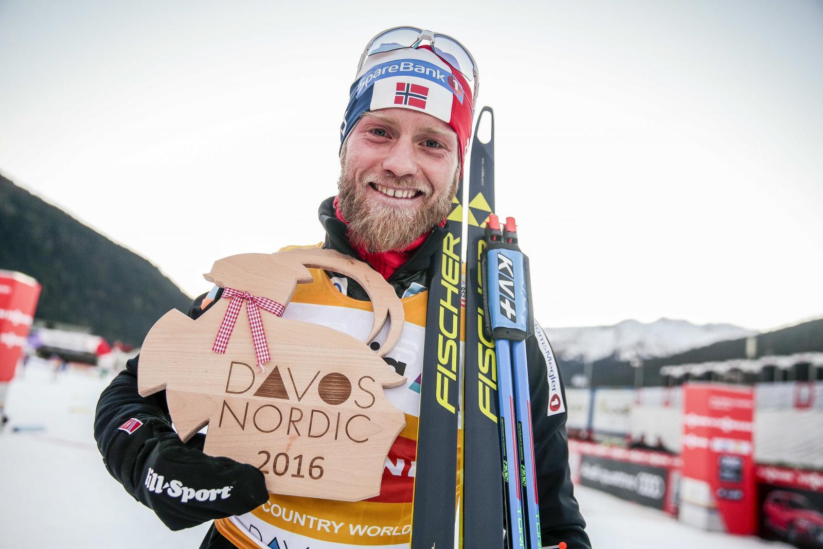 Устюгов одержал победу масс-старт налыжной многодневке «Тур деСки»