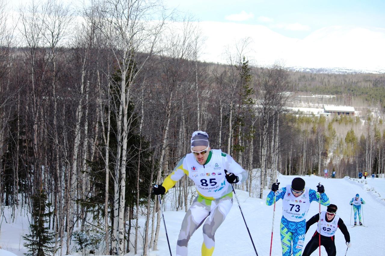 Никита Ступак на первых двух кругах вышел в лидеры.