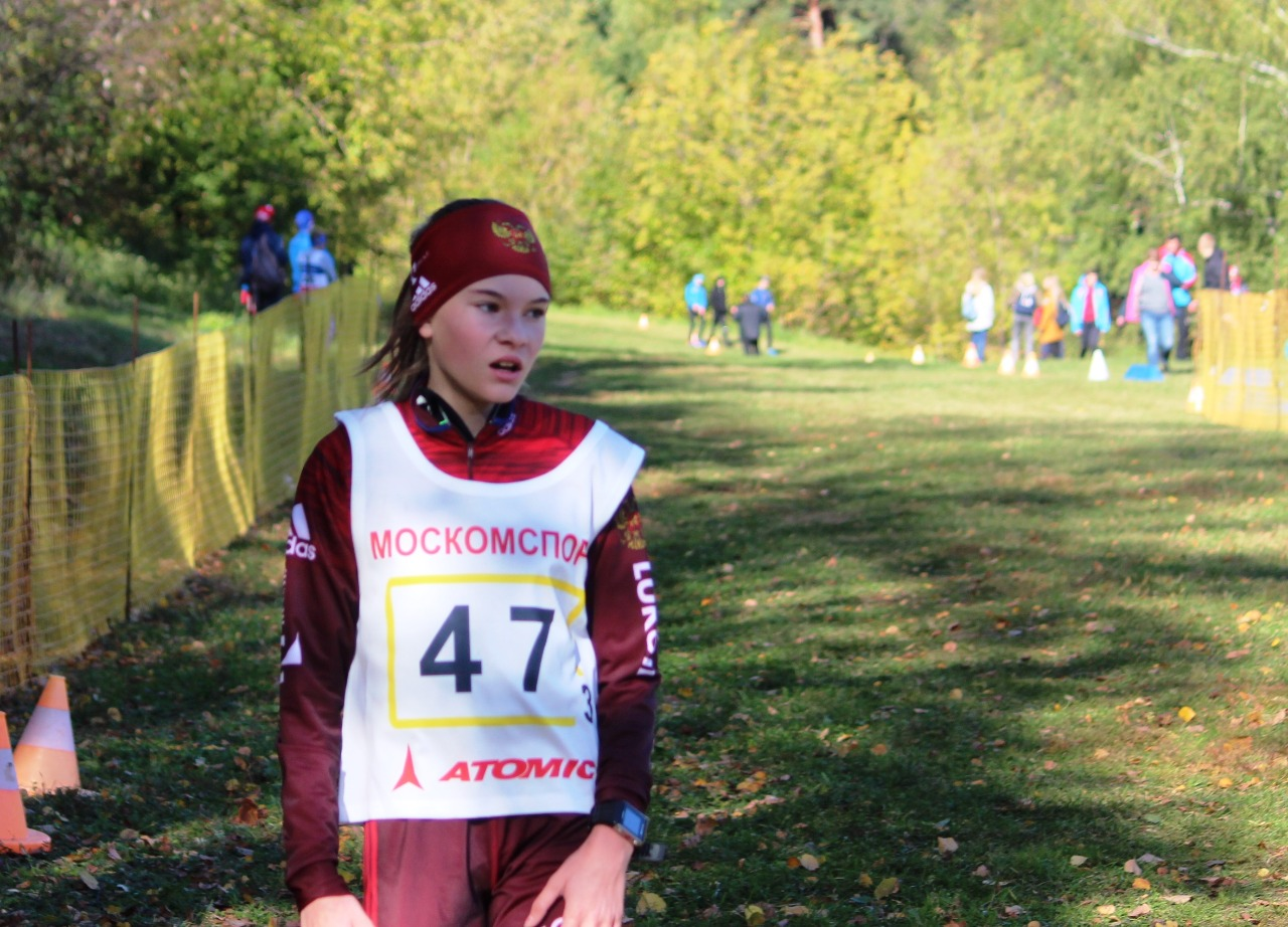 Мария Голованова из спортивной школы мытищинского Авангарда не очень довольна своим результатом.