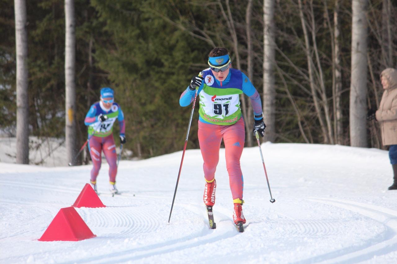 Под 91 номером Елена Кучева, и ее почти достала стартовавшая в 30 секундах Ольга Кучерук.