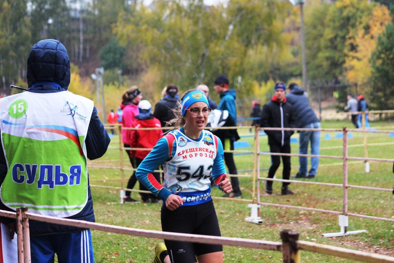 Финиш красногорской лыжницы Дианы Бугаевой.