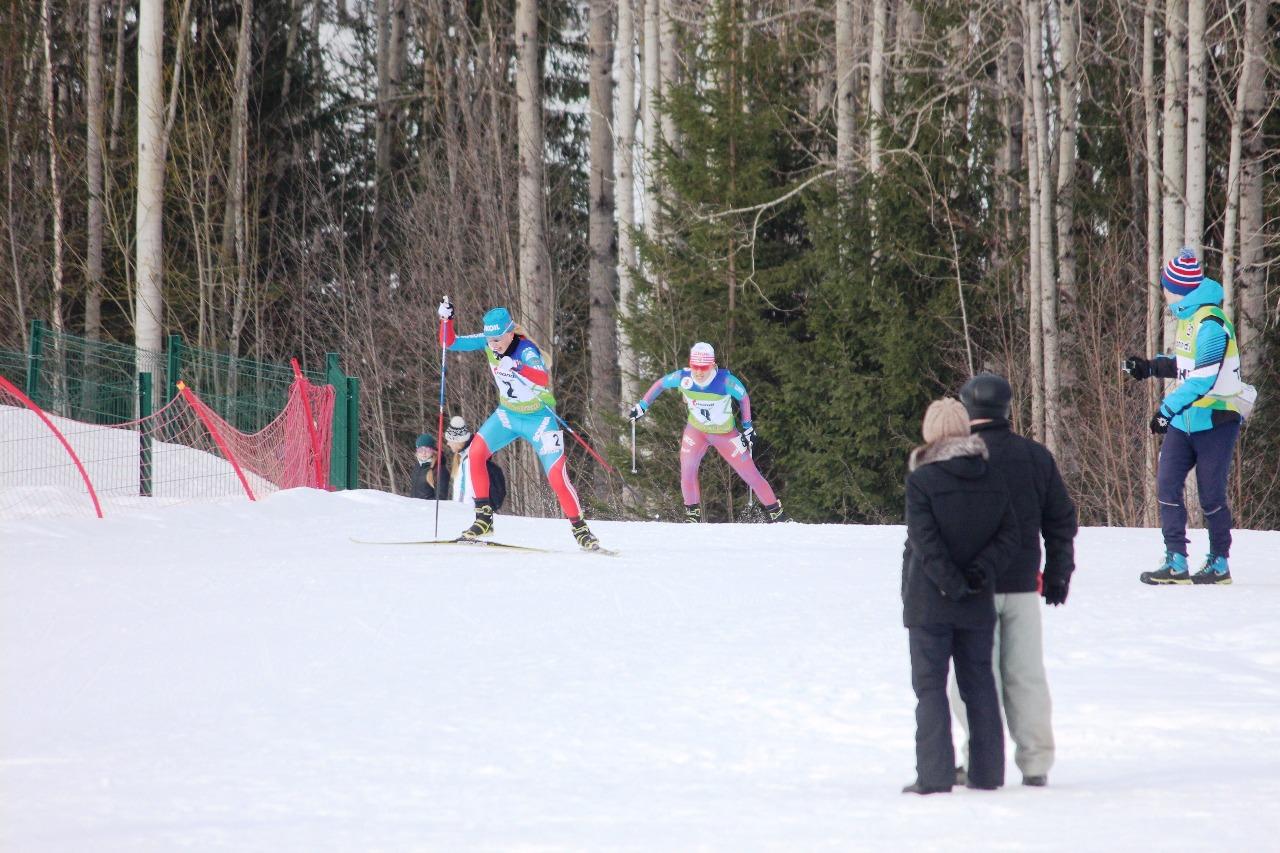 Лидеры гонки - Лилия Дуркина и Ольга Кучерук.