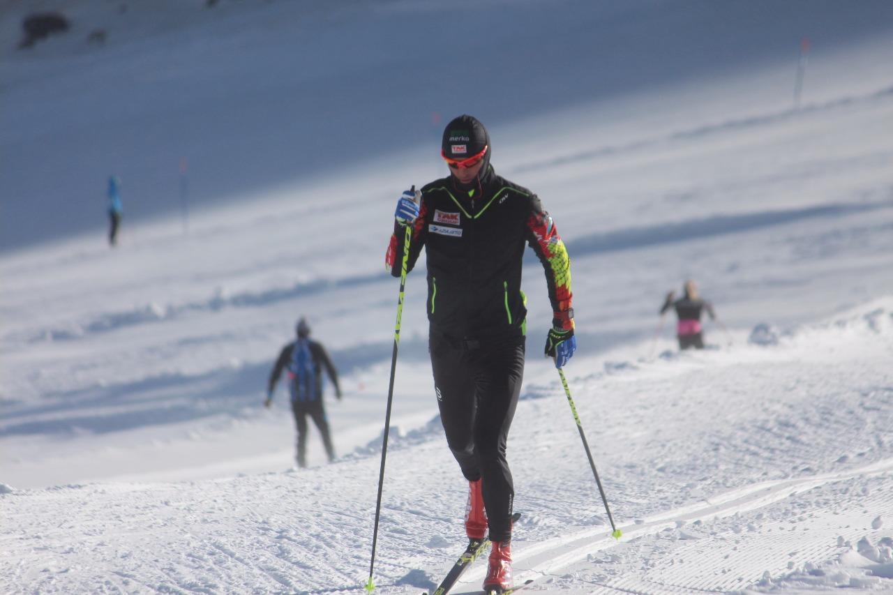 Алексей Полторанин использует в своей тренировочной работе не только казахстанские горы, но и австрийский глетчер в Рамзау, и в Валь Сеналесе.