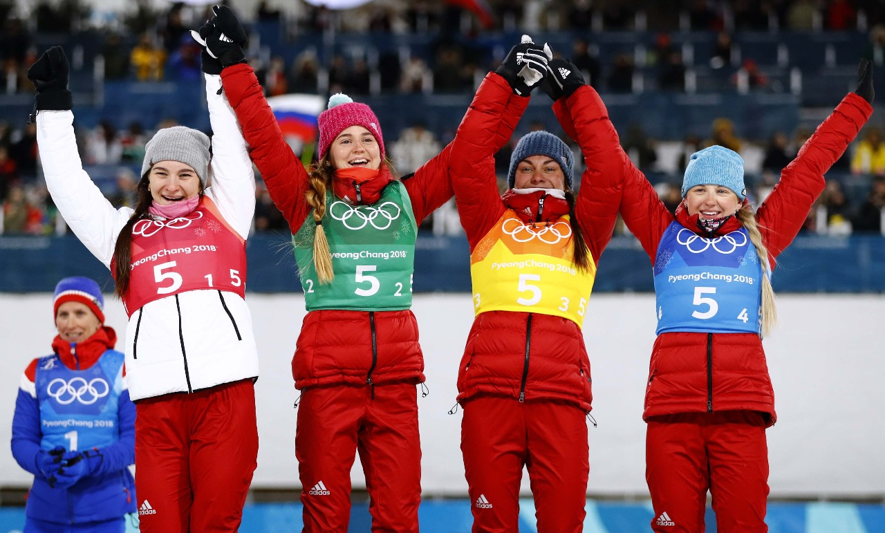"""Наша """"бронзовая"""" олимпийская четверка: Наталья Непряева, Юлия Белорукова, Анастасия Седова и Анна Нечавская."""