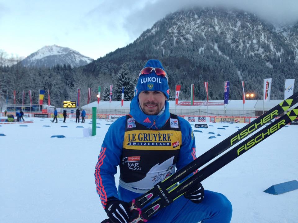 Лыжник Устюгов одержал победу гонку преследований на«Тур деСки»