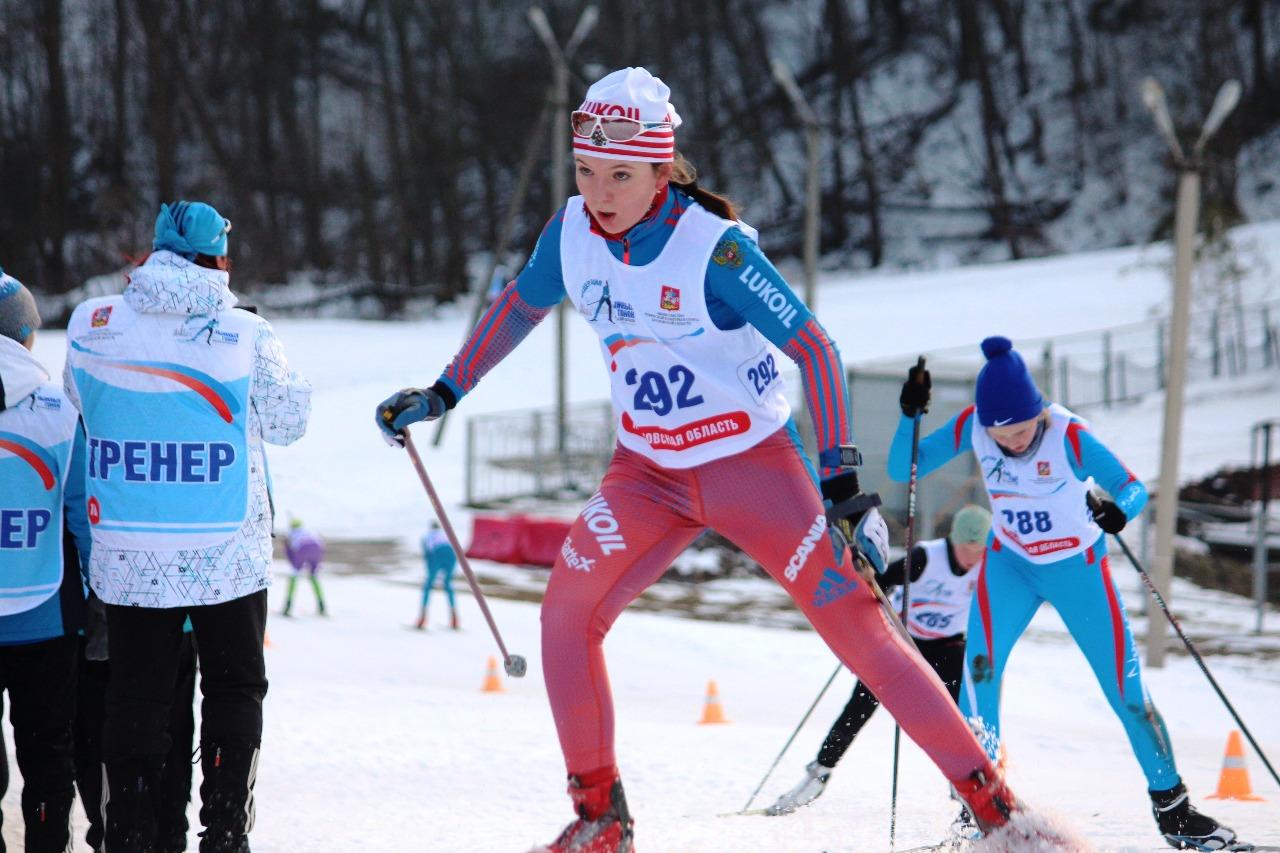 Представительница лыжной династии Елизавета Бояринова.