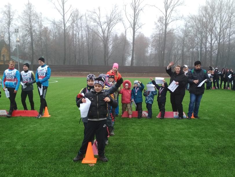 Дети и тренеры участвовали в акции охотно. Все, кого я спрашивала, пришли сюда по зову сердца