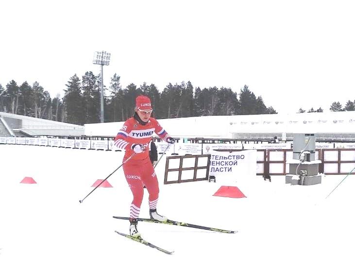 На дистанции Аида Баязитова, бронзовый призер гонки.