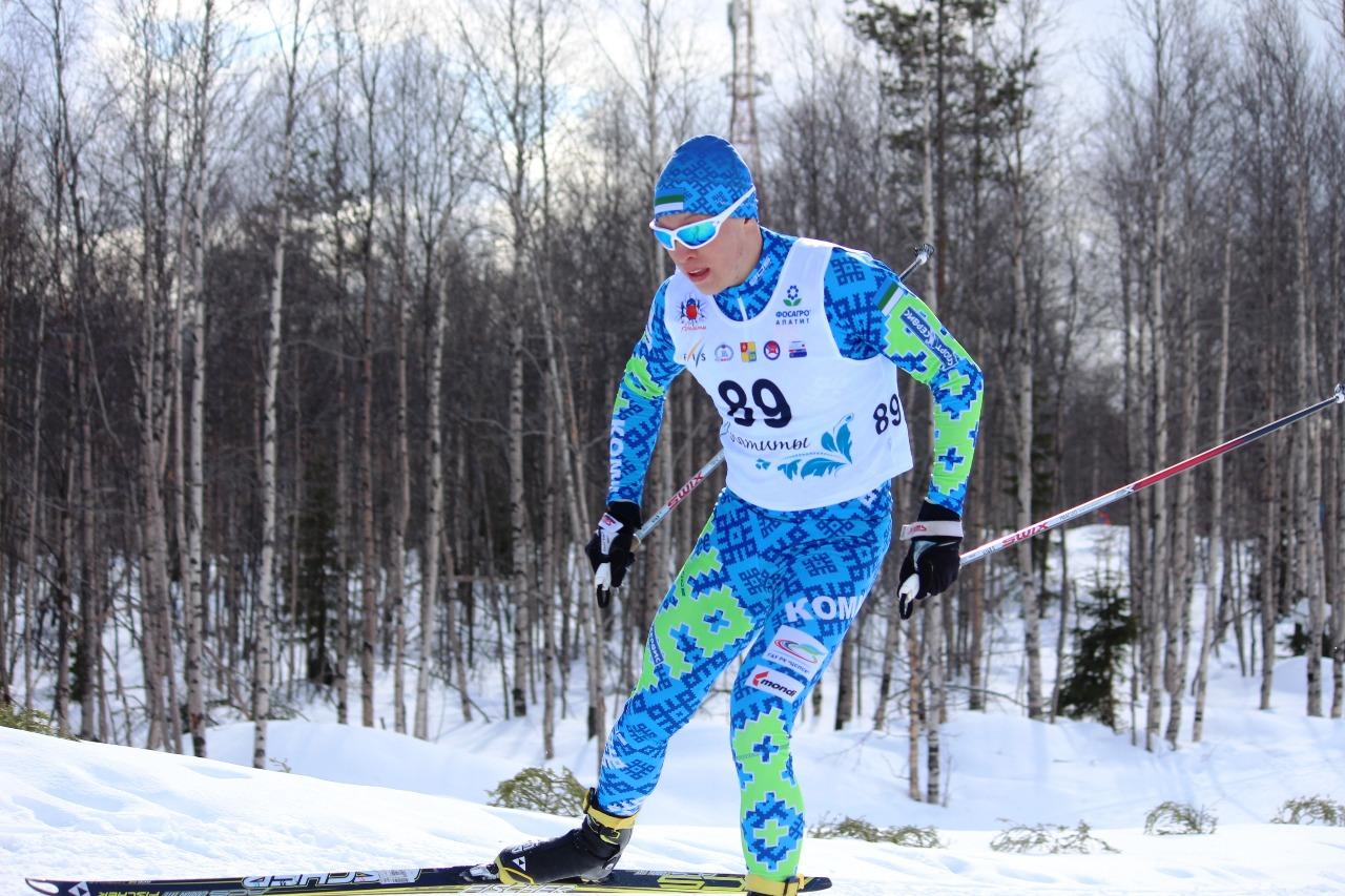 Илья Порошкин наращивает скорость.