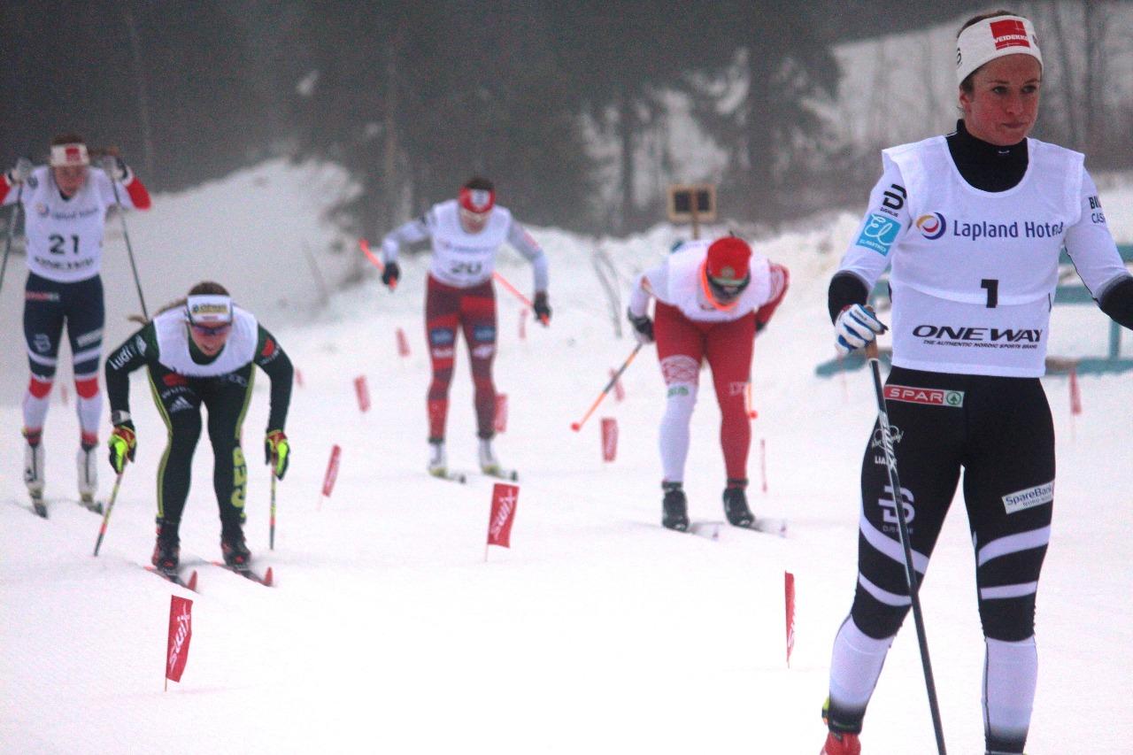 Анна Свендсен на финише 1 забега.