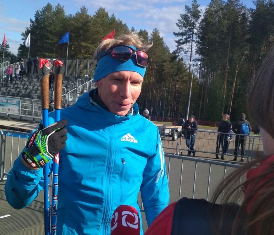 Владимир Семаков из Удмуртии вместе с тележурналистом следил за борьбой на последнем этапе. Сегодня у его команды бронза
