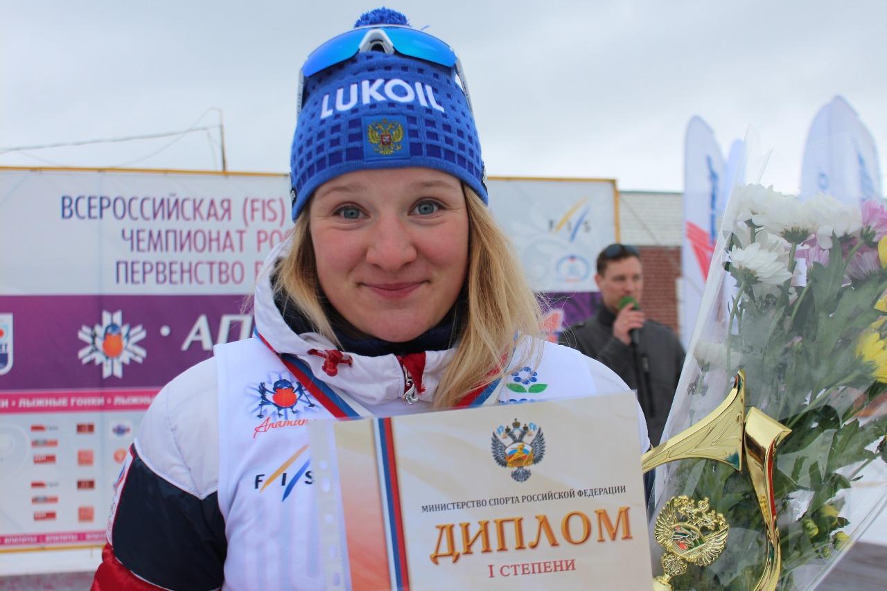 Полина Некрасова (Санкт-Петербург). Ее личные тренеры - Наталья и Сергей Волковы.