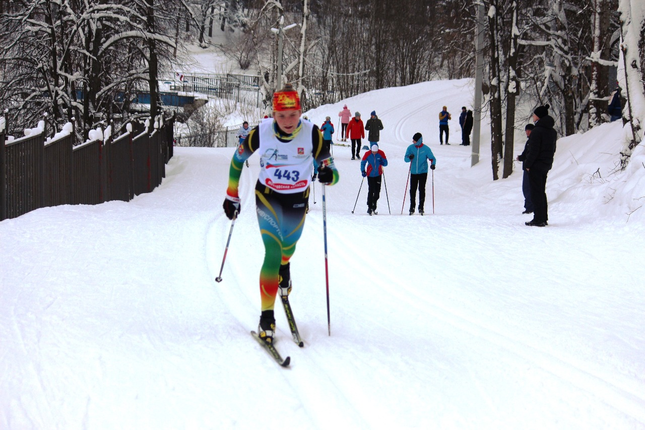 На дистанции Татьяна Короткова (Истина, 11-й результат)