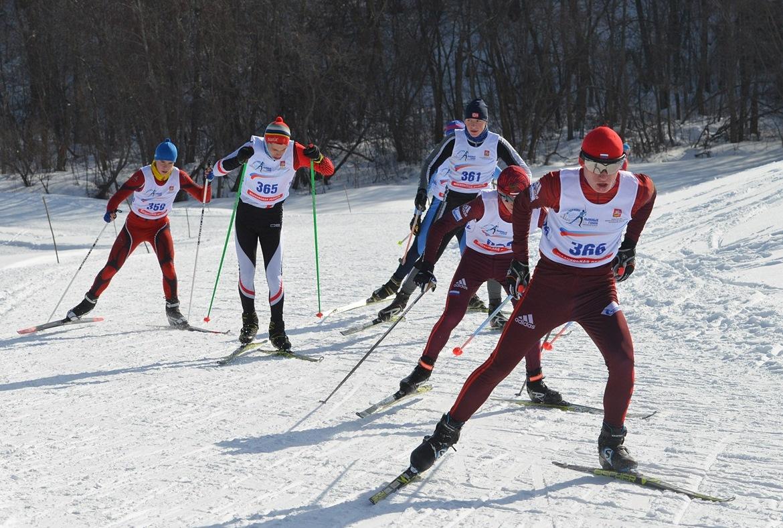 В группе лидирует Кирилл Латышев - третье место.