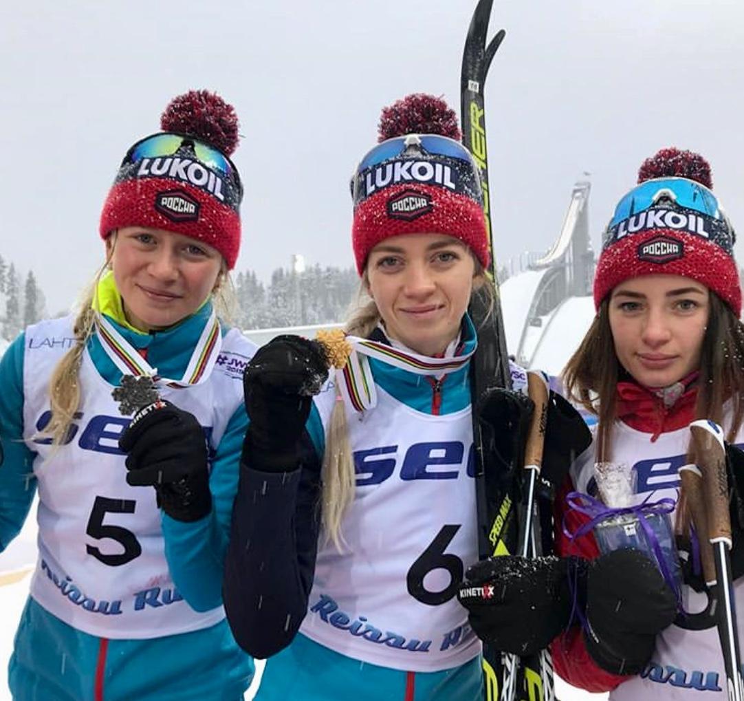Лилия Дуркина (второе место), Анна Жеребятьева (первое место), Яна Кирпиченко (четвертое место).