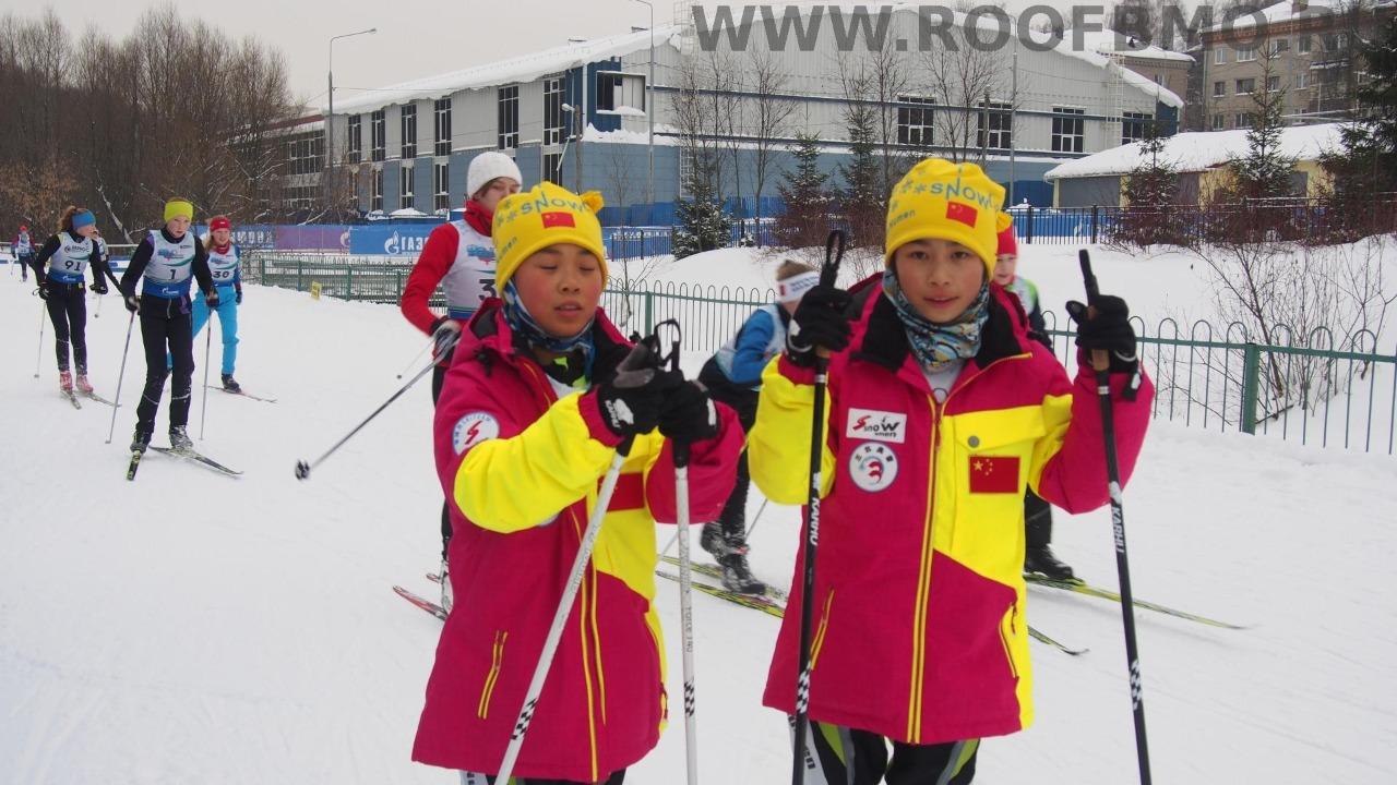 Юные китайские биатлонисты.