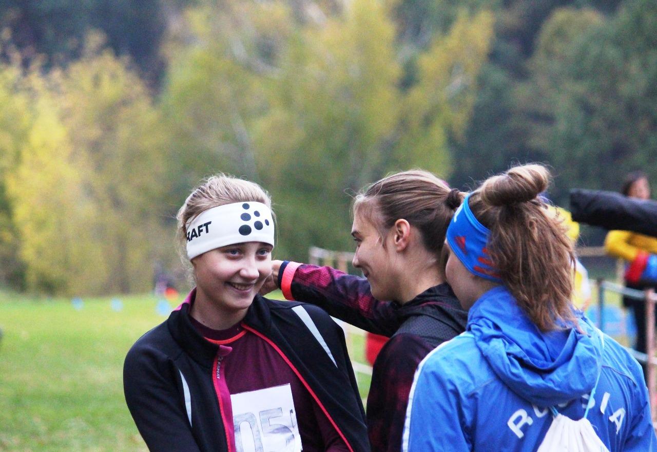 Аню Доцюк на финише встречали одноклубницы из ЛК Наседкина.
