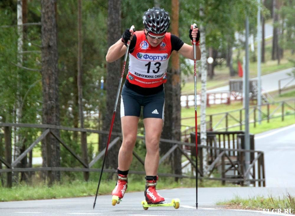 Лыжники Пантрин иШаповалова победили вспринте насоревнованиях вТюмени