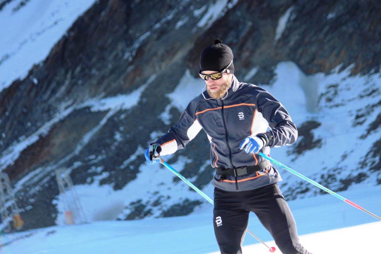 Мартин Йонсруд Сундбю также много тренировочных часов проводит в горах.