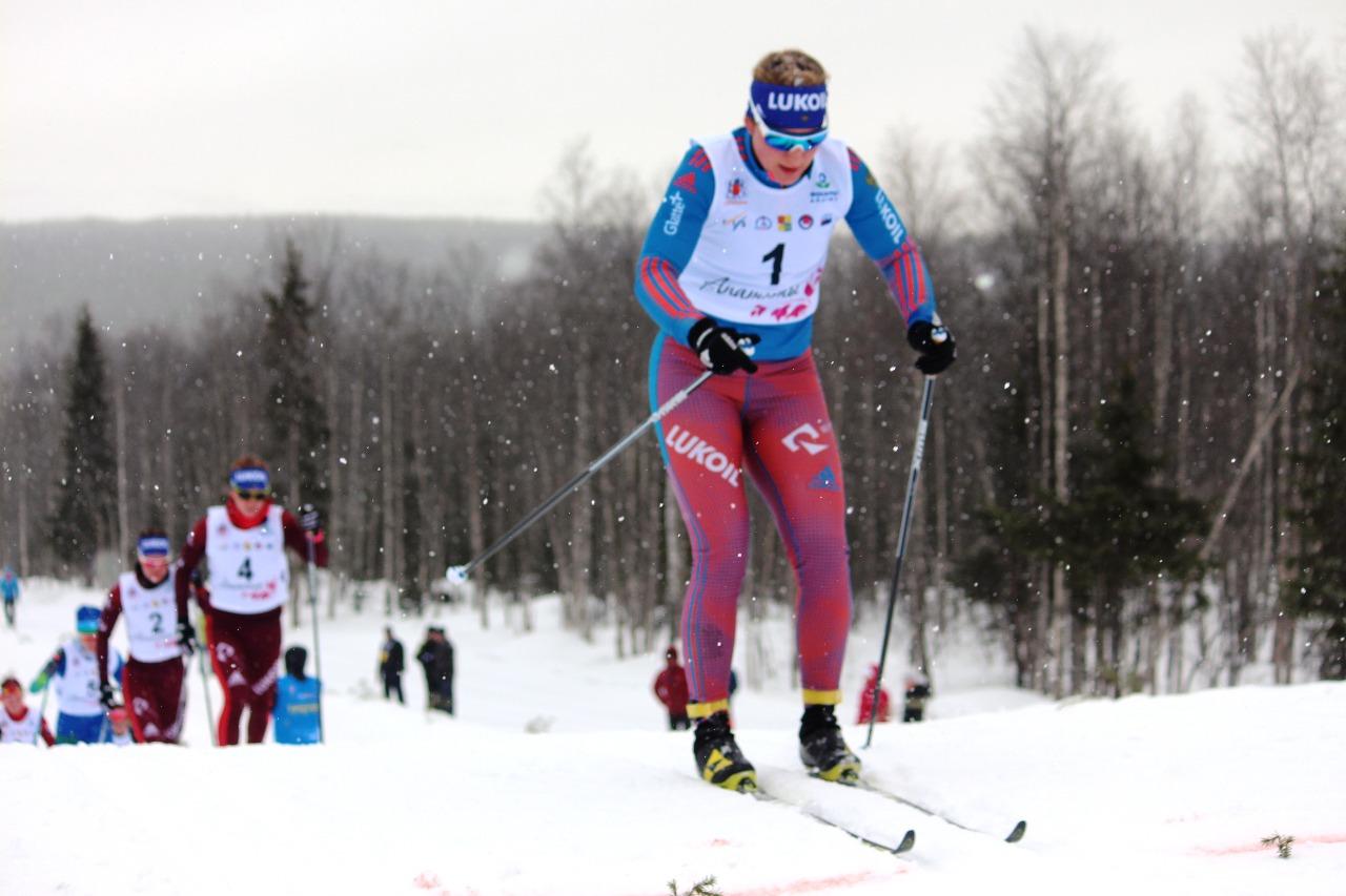 Полина Некрасова выигрывает первый бонусный спурт.