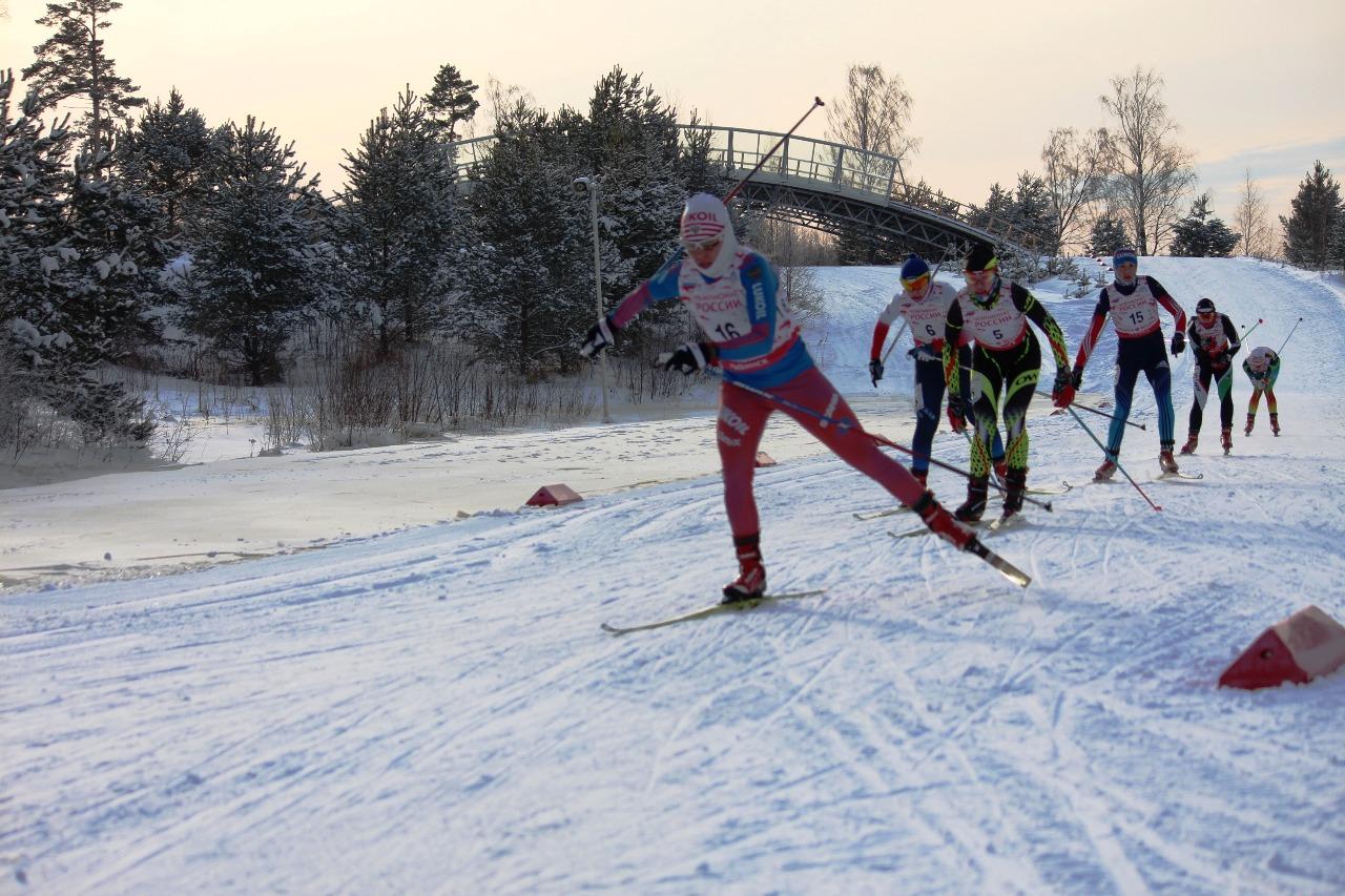 Наталья Ильина старается не потерять скорость.