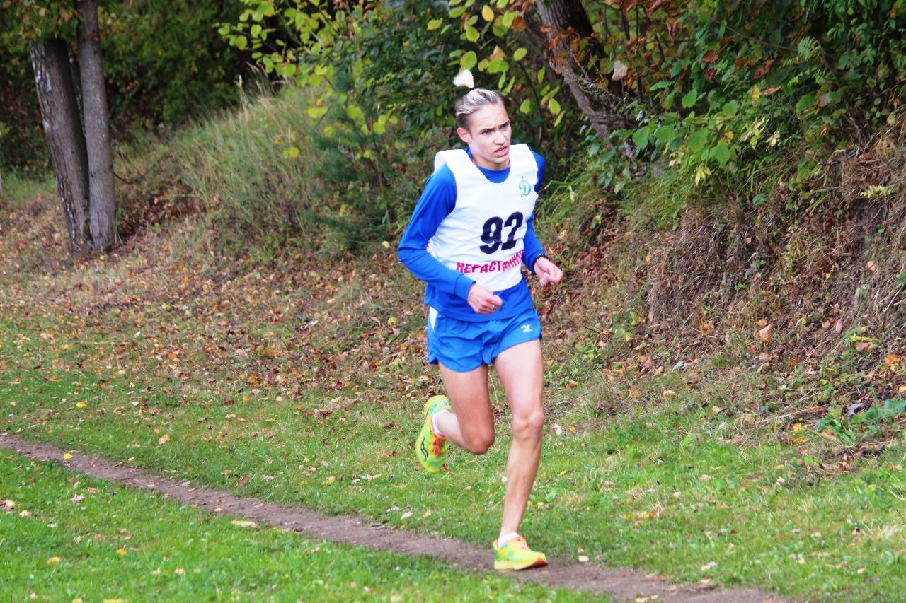 Чеховский спортсмен Егор Ладонников на протяжение всей дистанции задавал темп этому состязанию.