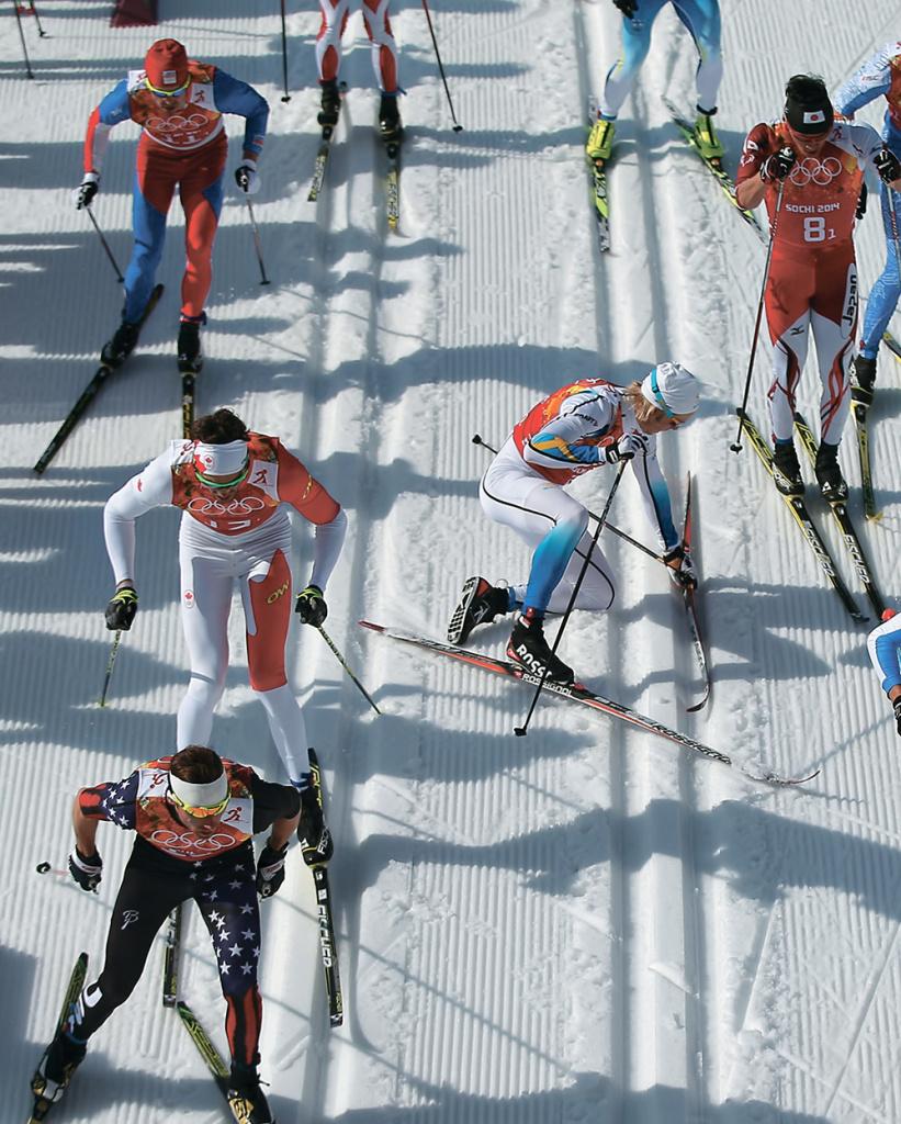 Эта неудача с падением ипотерей лыжи не помешала шведу Ларсу Нельсону выиграть первый этап эстафеты и внести весомый вклад в итоговую победу шведских лыжников