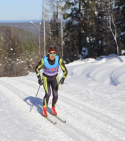 Кузнецов Константин из Хабаровска - победитель среди мужчин на дистанции 5 км.